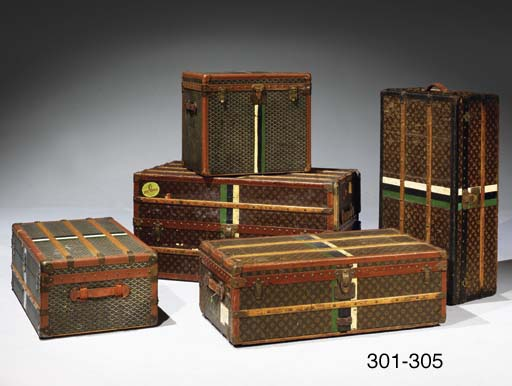malle de voyage de la maison goyard christie 39 s. Black Bedroom Furniture Sets. Home Design Ideas