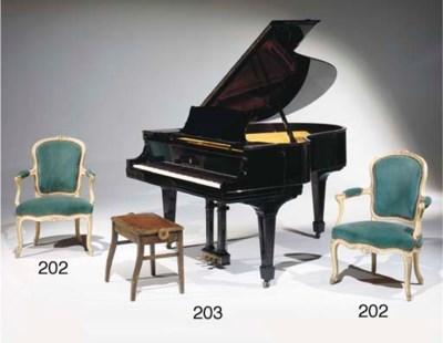 PIANO QUART DE QUEUE DU XXEME