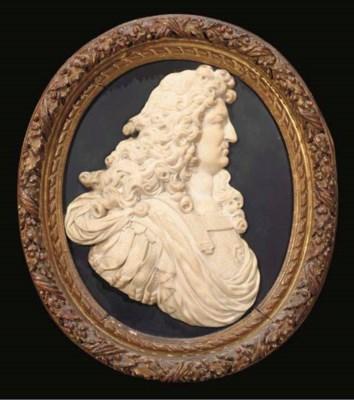 MEDAILLON D'EPOQUE LOUIS XIV,