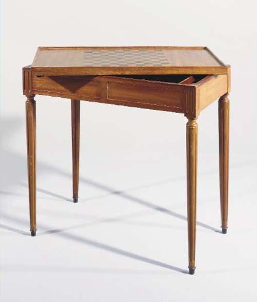 TABLE A JEUX