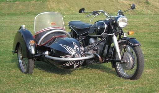MOTOCYCLETTE BMW R69S