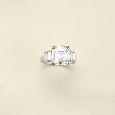 Anello in platino e diamanti