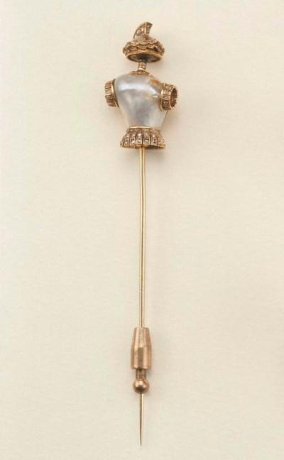 Antico spillone in oro con per