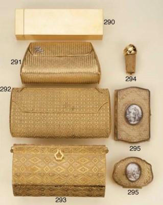 Carnet e portamonete in oro co