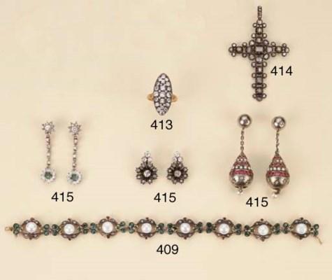 Antica croce in argento e oro