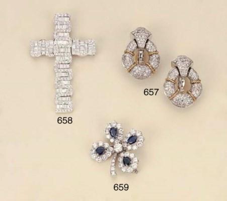 Croce in oro e diamanti