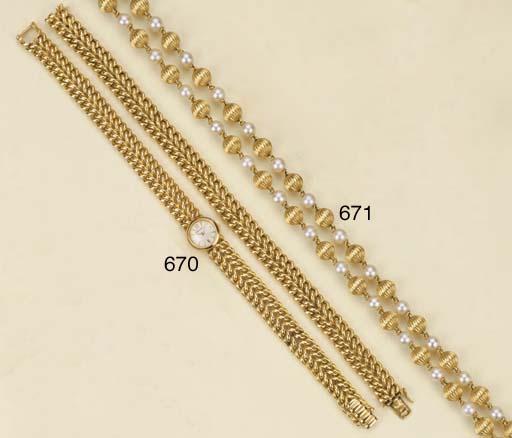 Sautoir in oro e perle coltiva