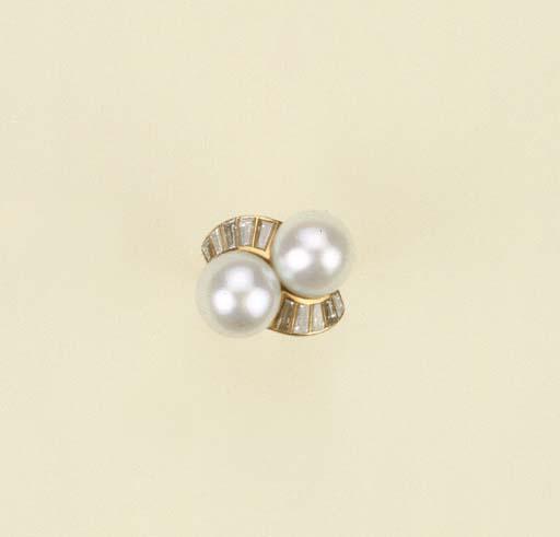 Anello in oro con perle austra