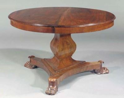 A Dutch mahogany circular exte