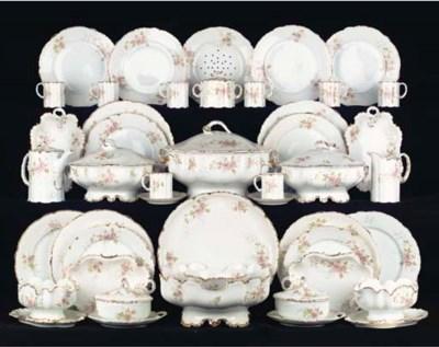 (92) A Rosenthal porcelain tra