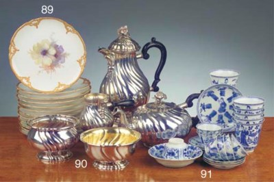 (31) An assorted lot of chines