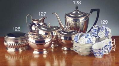 A set of twelve Meissen porcel