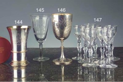 A set of nine English faceted