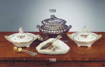 A pair of Meissen porcelain or