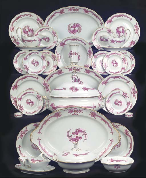 A Meissen porcelain assembled Purple Dragon dinner service