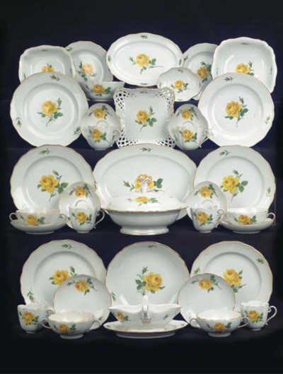 (71)A Meissen porcelain yellow
