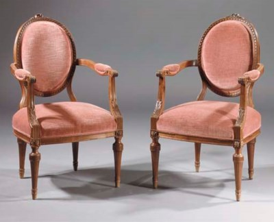 A pair of Dutch mahogany faute