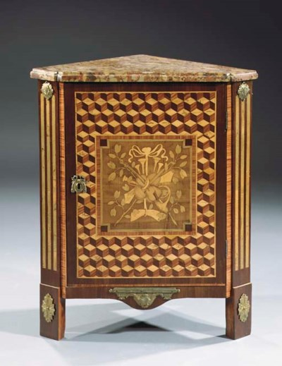 A French gilt-bronze mounted t
