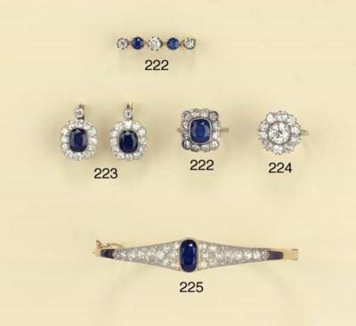AN ANTIQUE DIAMOND CLUSTER RIN
