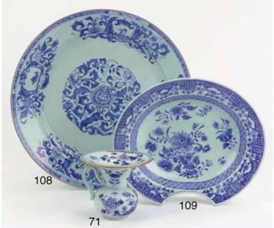 A blue and white 'Pompadour' d