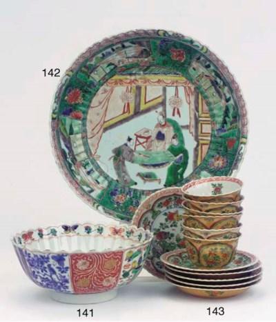 A famille verte fluted bowl