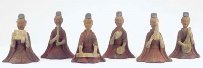 A group of six painted grey po