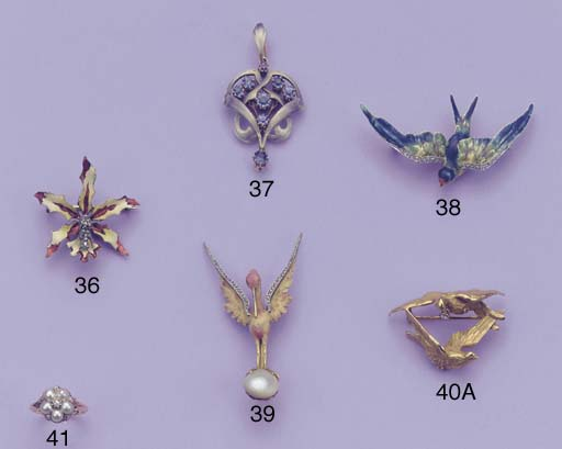 AN ART NOUVEAU DIAMOND BIRD BR