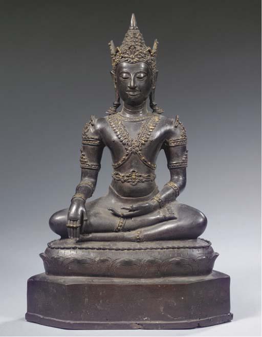 A Thai, Lanna style, bronze figure of Buddha Sakyamuni