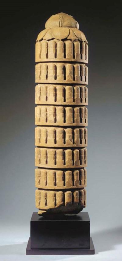 A rare Khmer, Baphuon style, s