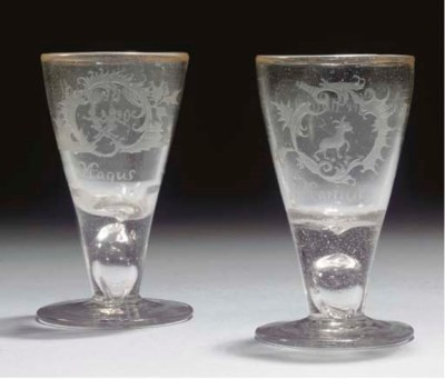 A pair of Bohemian engraved 'M