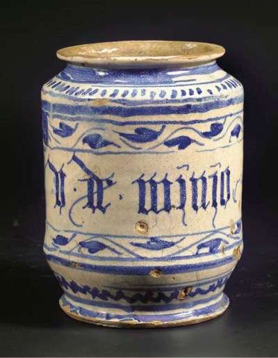 An Antwerp maiolica blue and w