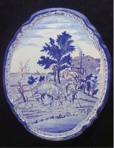 A Harlingen blue and white ova