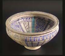 An Ilkhanid pottery bowl