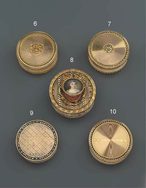 A LOUIS XVI TWO-COLOUR GOLD BO