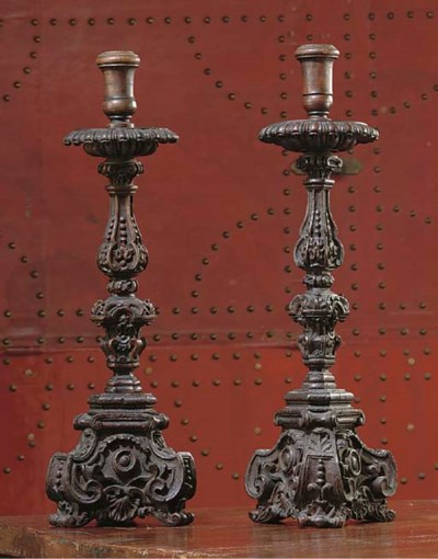 A PAIR OF SPANISH CARVED AND S