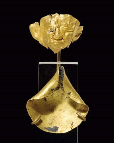 A CANAANITE SHEET GOLD MINIATU