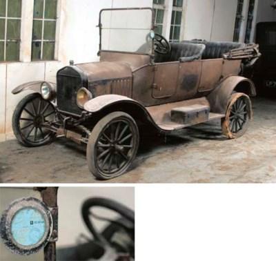 c.1919 FORD MODEL T TOURER