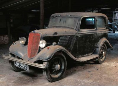 c.1932 FORD Y TYPE TUDOR SALOO