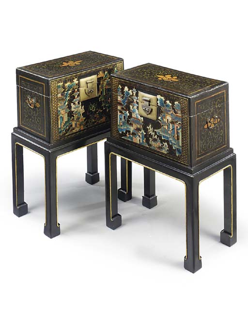 A PAIR OF ORIENTAL AUBERGINE AND POLYCHROME-LACQUER SMALL CHESTS ON STAND