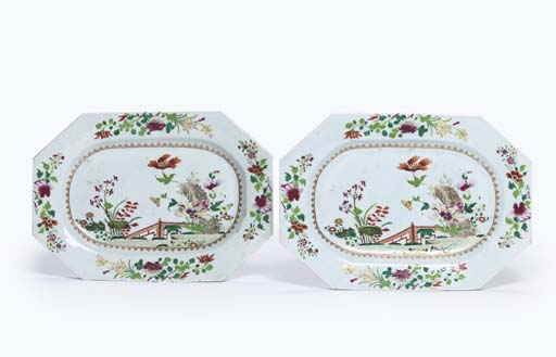 A PAIR OF CHINESE FAMILLE ROSE OCTAGONAL DISHES; A SET OF THREE CIRCULAR DISHES; AND ANOTHER