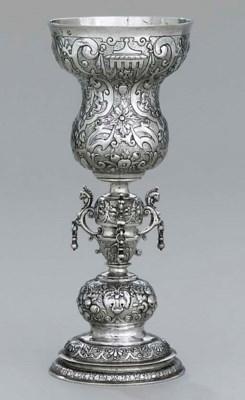 A Dutch silver cup