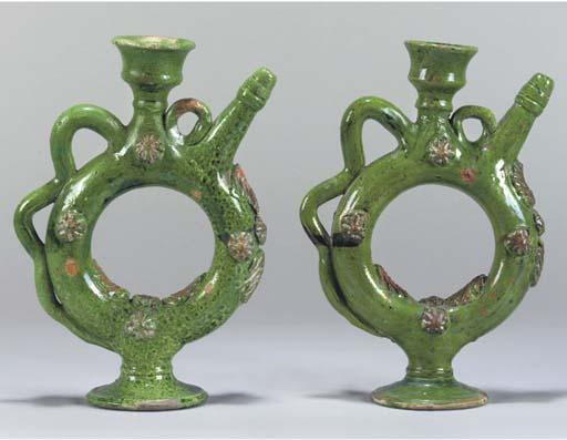 A pair of Chanakkale green gla