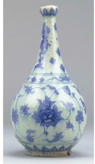 A Safavid blue and white pear-