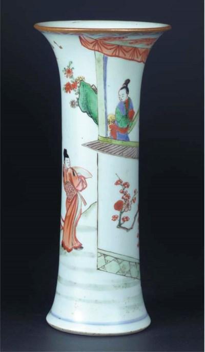 A famille verte beaker vase, e