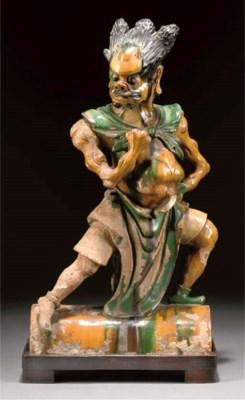 A sancai glazed rooftile figur