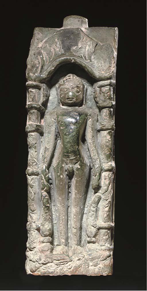 A GREEN STONE JAIN TIRTANKARA, INDIA, 12TH CENTURY