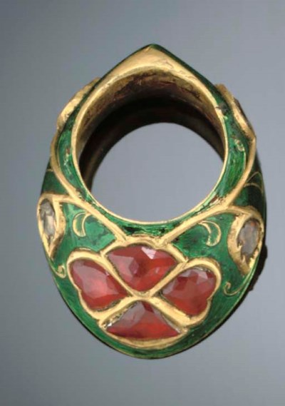 A MUGHAL STYLE ARCHERS RING, I