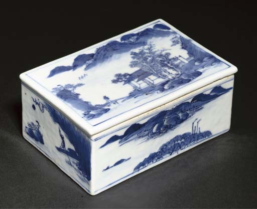 A blue and white rectangular box and cover, 19th century