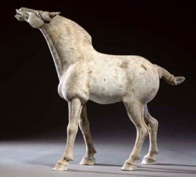 A large pottery model of a horse, Tang dynasty