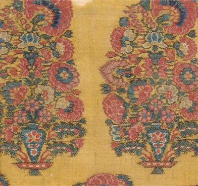 A long jamawar shawl of mustar